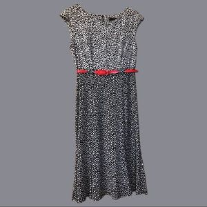 Black and white dress with red detachable belt